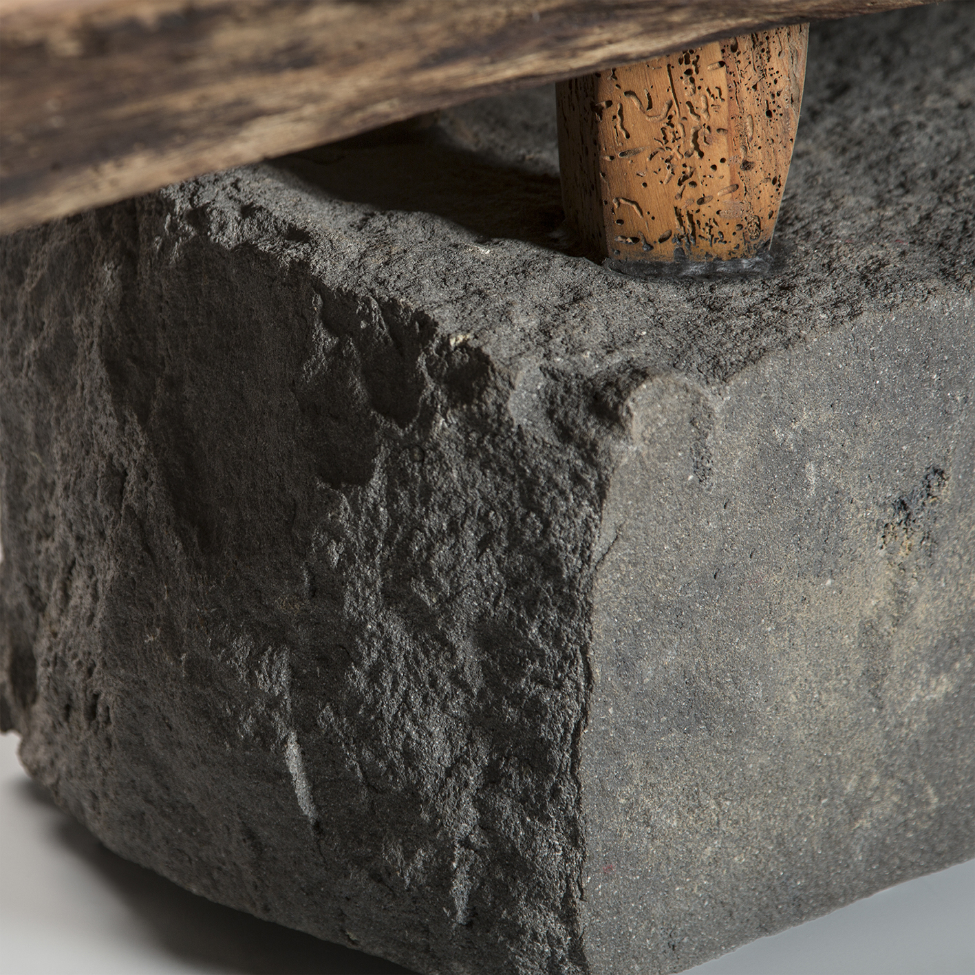 web2-bench-salvaged-mexican-alder-wood-basalt-recinto-with-feet-shi-ho-julio-martinez-marion-friedmann-gallery-25.jpg