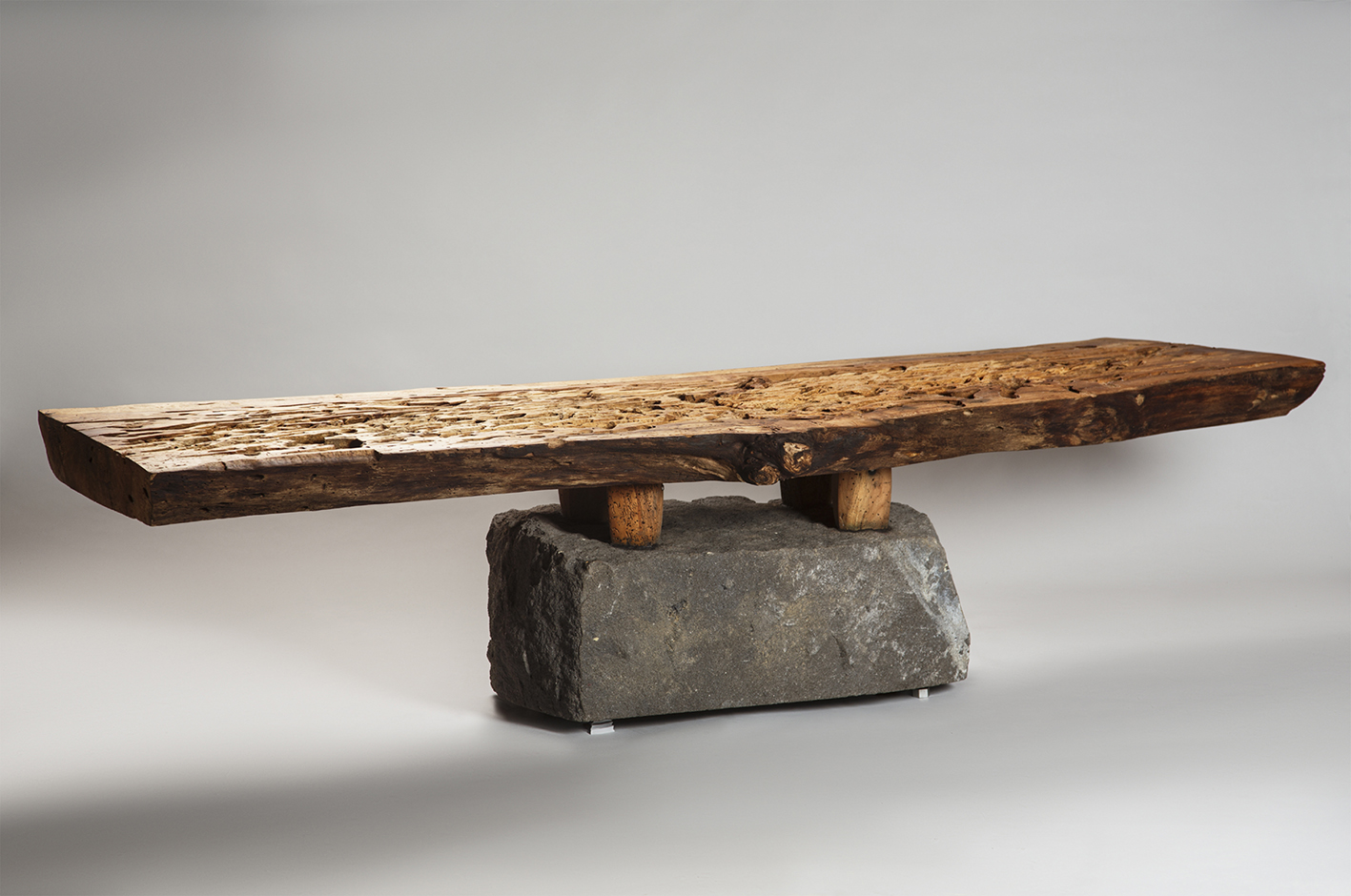 JULIO MARTÍNEZ BARNETCHE - BENCH WITH FEET