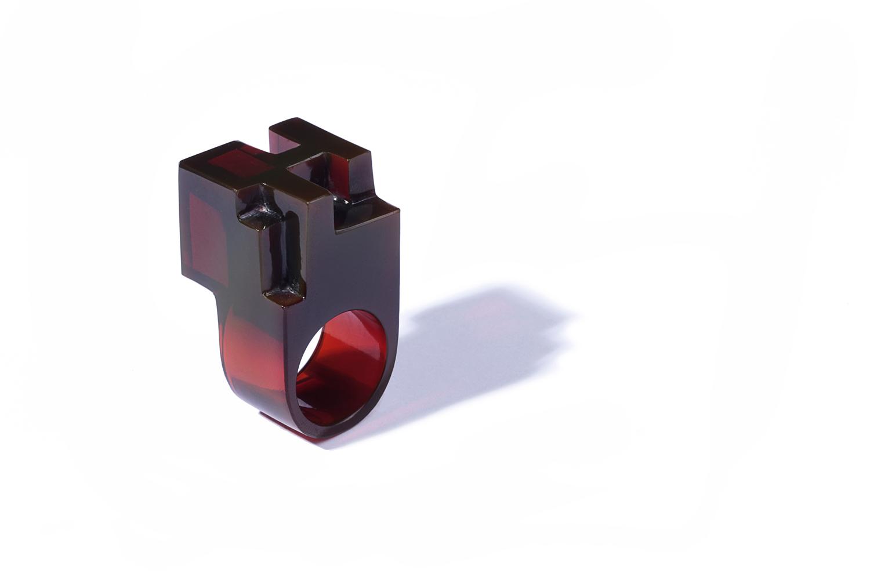 JORGE YÁZPIK - RED GLASS RING III