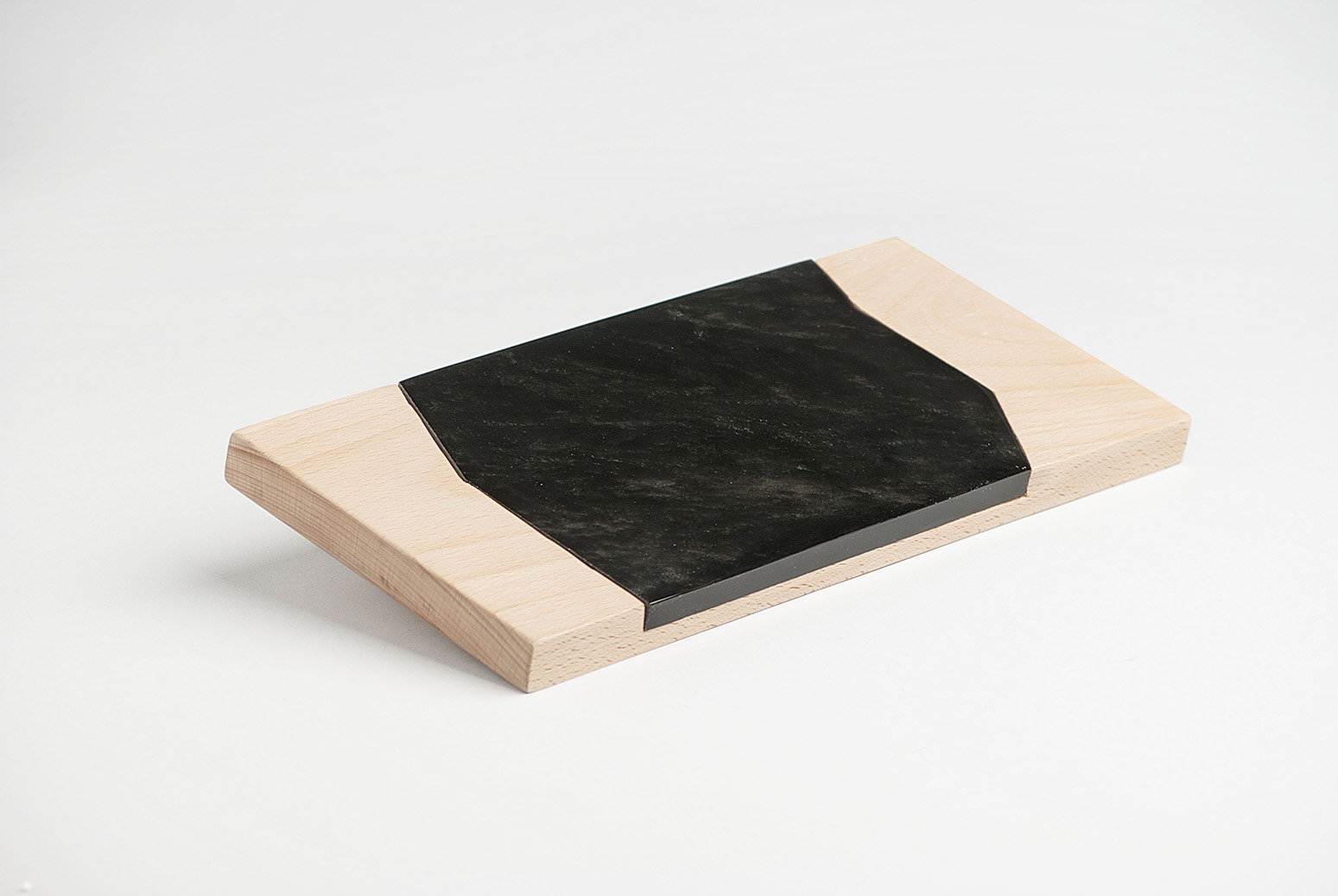 Obsidian and wood cutting board, cooperation with Hidalgo artisans