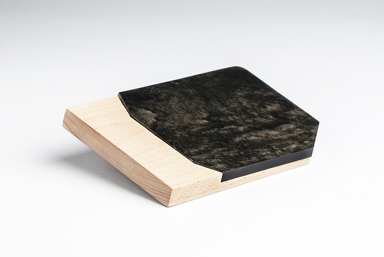 Obsidian-chopping-board-tray-designer-Ricardo Martorell-artisan-Griselda Gómez García-Anahuac-MarionFriedmann-MexicoDesignTime6.jpg