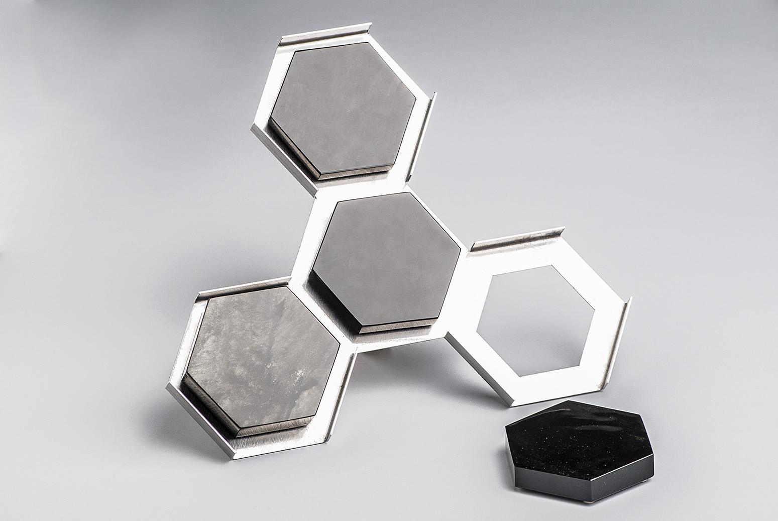 Obsidian-coasters-Isaac Cameo-artisan-Cristino Gómez-Gómez-Anahuac-MarionFriedmann-MexicoDesignTime8.jpg