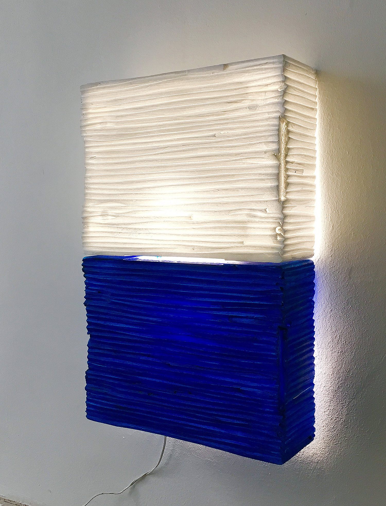 web222-wall-panel-lamp-fixture-experiment-blue-white-Gisela-Stiegler-MarionFriedmannGallery.jpg