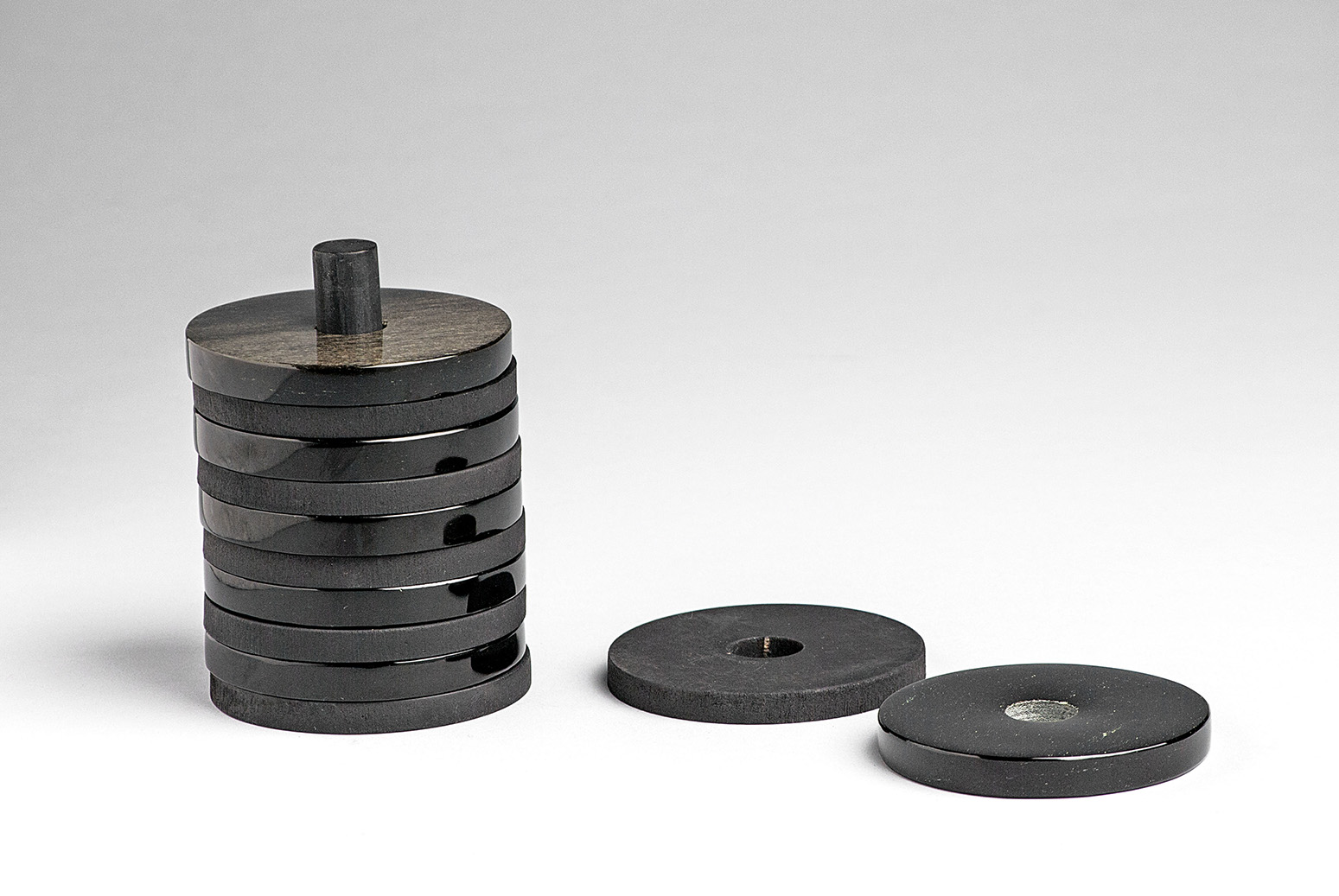 Obsidian-coasters-design-RicardoSalas-artisan-Daniel-Juarez-Disciplina-Anahuac-MarionFriedmann-MexicoDesignTime7.jpg