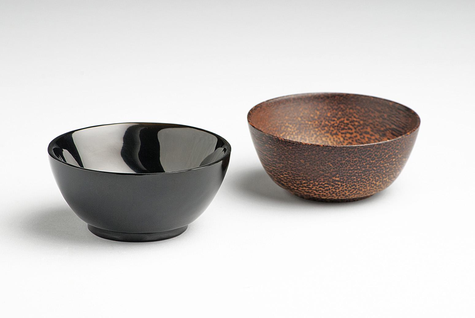 Obsidian-bowl-designer-Ricardo-Salas-artisan-Daniel-Juarez-Disciplina-Anahuac-MarionFriedmann-MexicoDesignTime4.jpg
