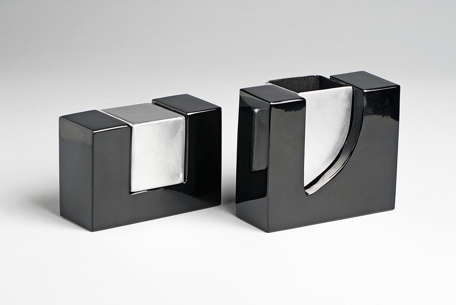 Osidian-bathroom-accessory-designer-Sharon Moussan-artisan-Mario Sandoval-Anahuac-MarionFriedmann-MexicoDesignTime18.jpg