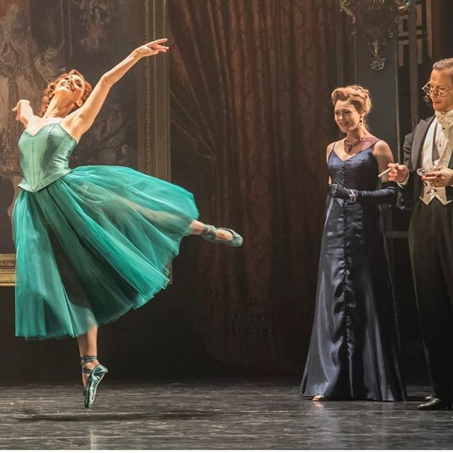 Our final raffle of the year is live! This incredible opportunity to win two top price tickets to #TheRedShoes is only running until 18th November! Link in Bio to enter #balletraffle @mbnewadventures @matthewbourne13
