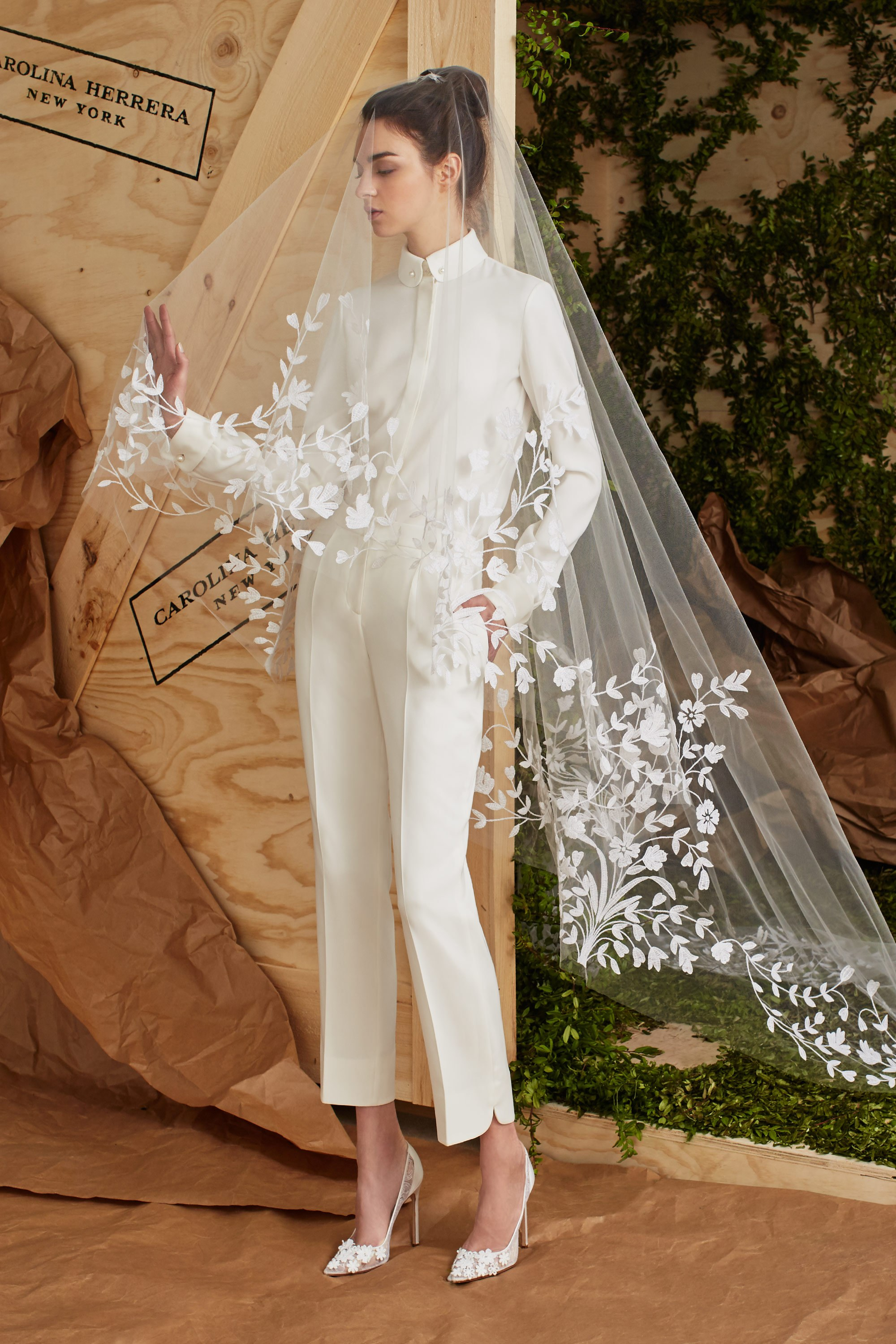 Who says a bride has to wear a dress? - Carolina Herrera redefines gender rules with this crisp pantsuit from her Spring 2017 bridal collection.