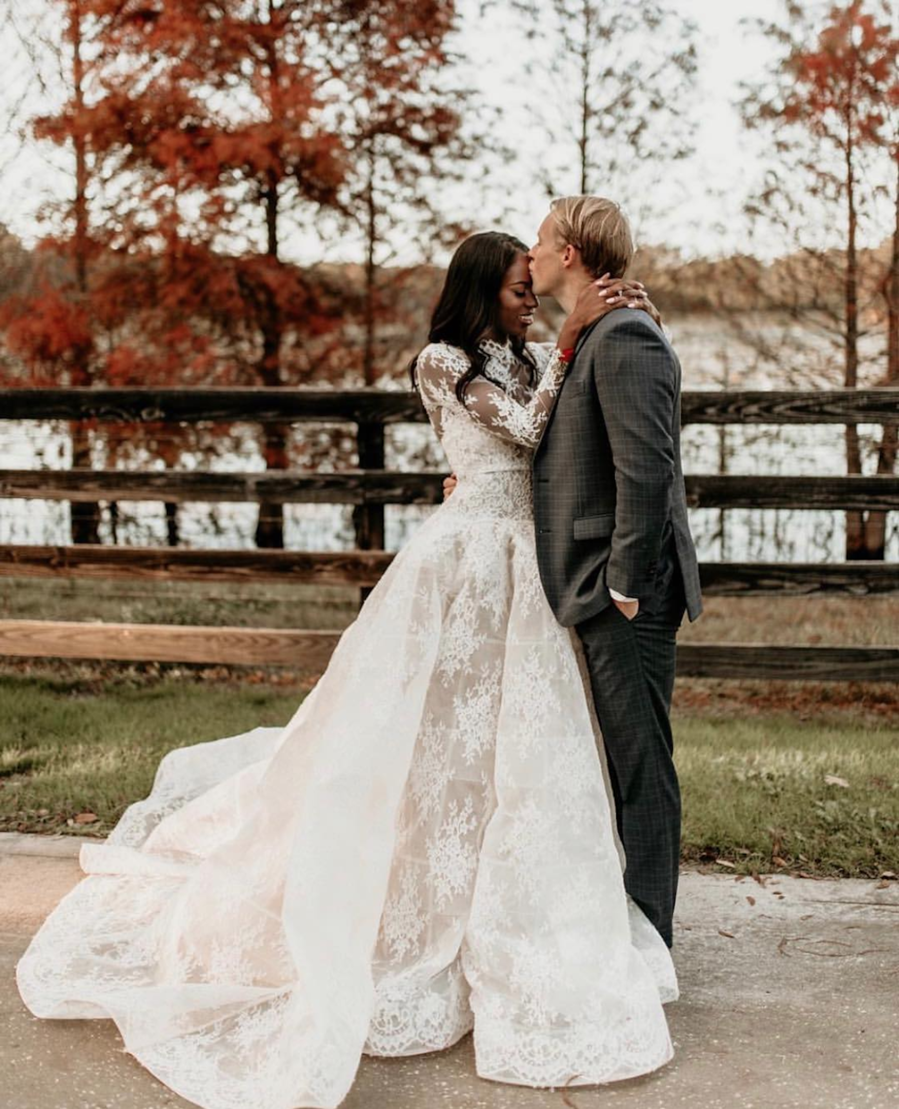 Modesty will always be beautiful. We loved this full lace Monique Lhuillier gown. - Photo by Katie Mick Photography.
