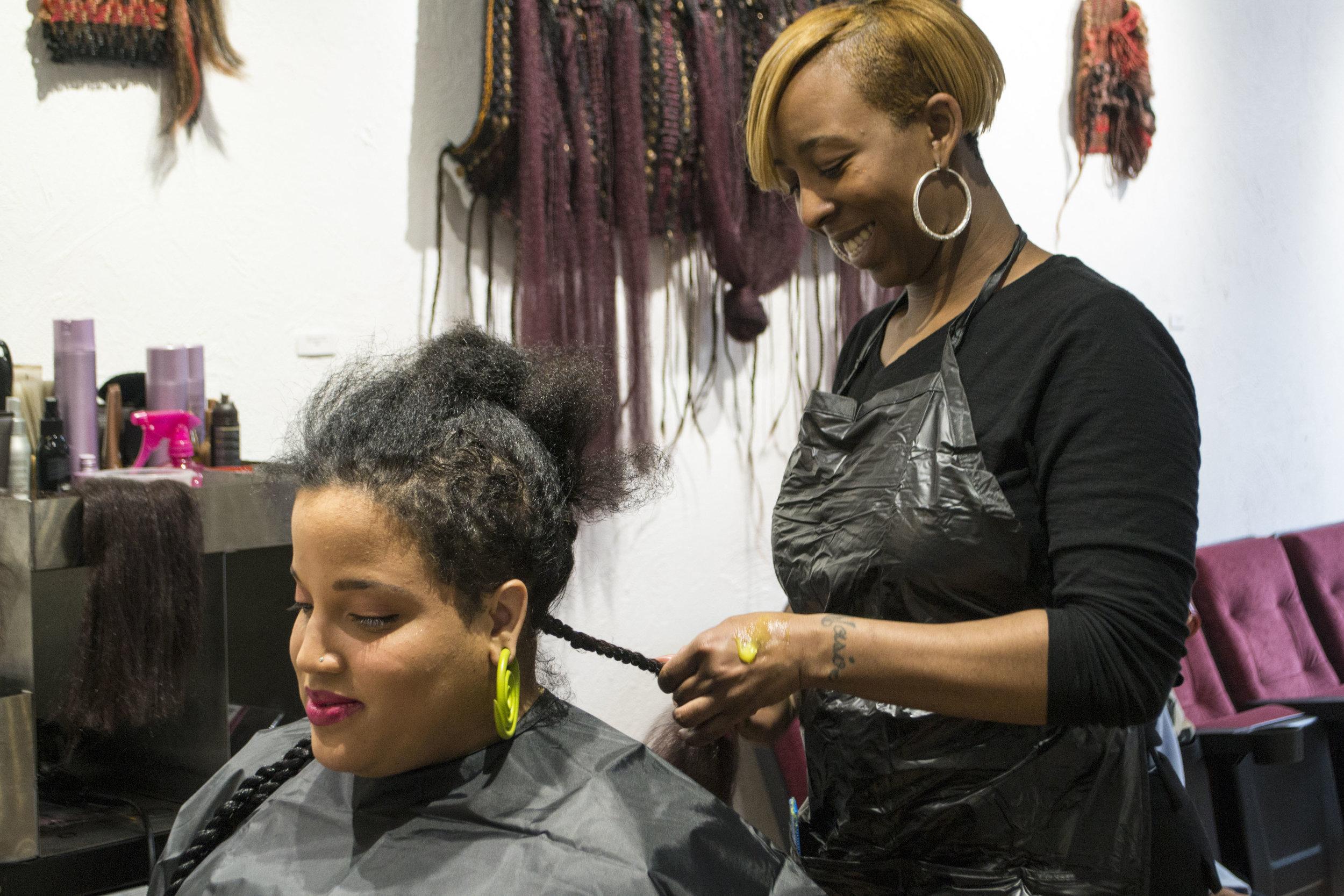 Hairstylist: Andrea Alexander, Client: Hayveyah McGowan, Photographer: Silvia Abisaab