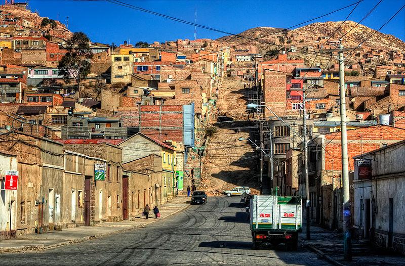 800px-Oruro_street,_Bolivia.jpg