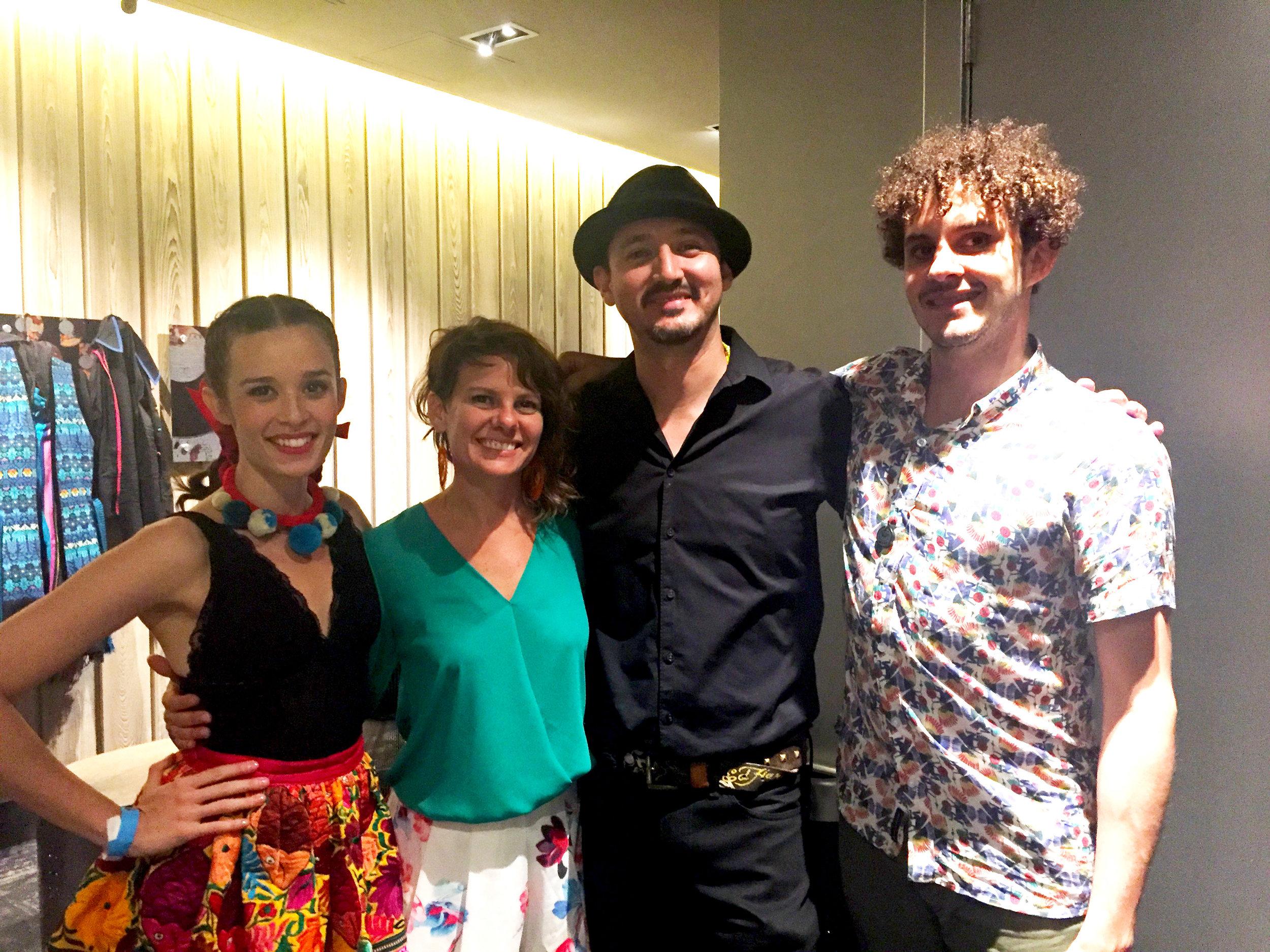 Con Catalina y Santiago de Monsieur Periné en Music Box, San Diego, CA.