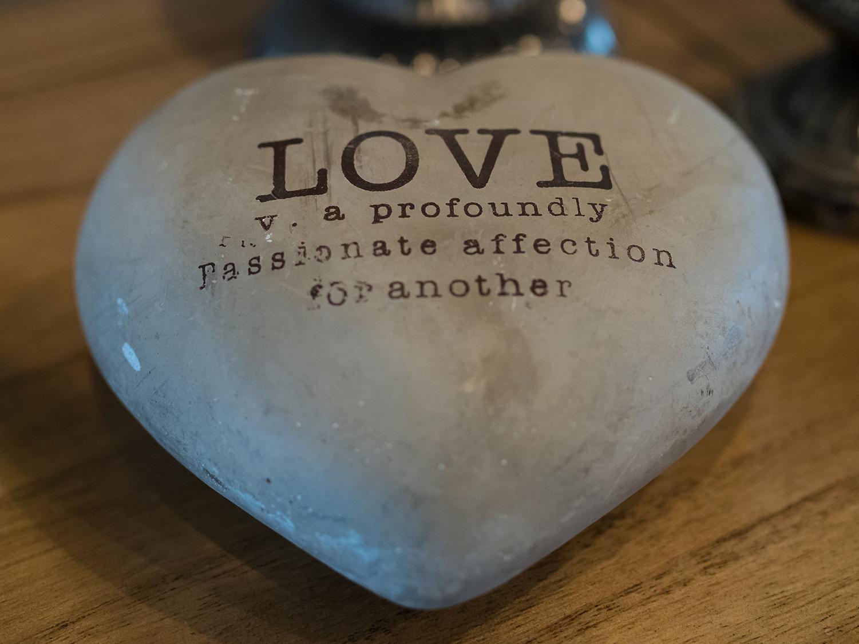 wedding-love-rock-heart.png