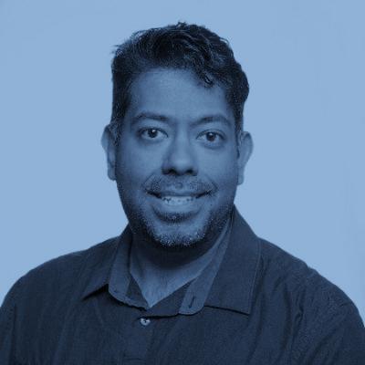 <b>Eric Prado</b><br>Head of Client Service