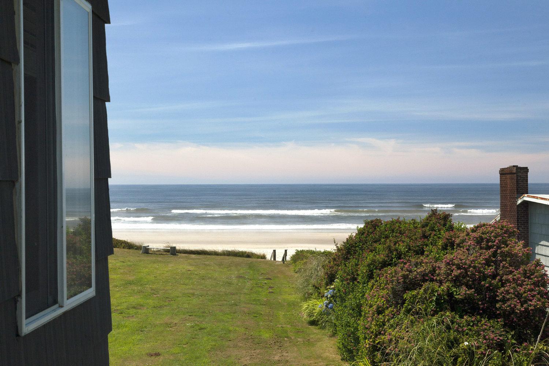 Oceanfront Lodge Suites