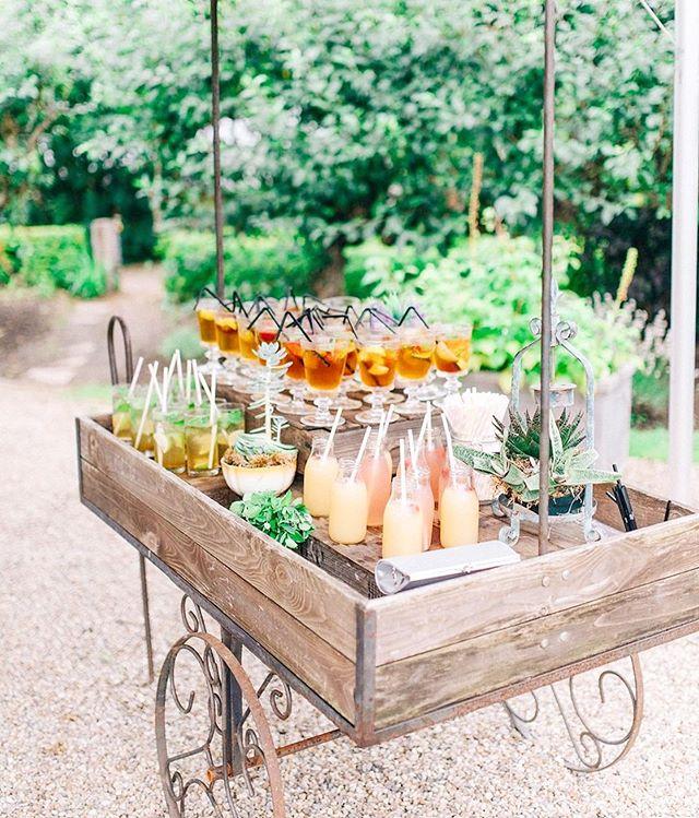 Cutest bar cart ever!!! Repost from @martha_weddings