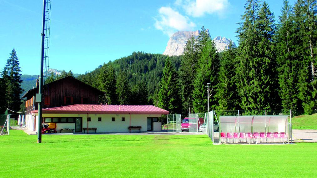 Campo sportivo 2.jpg