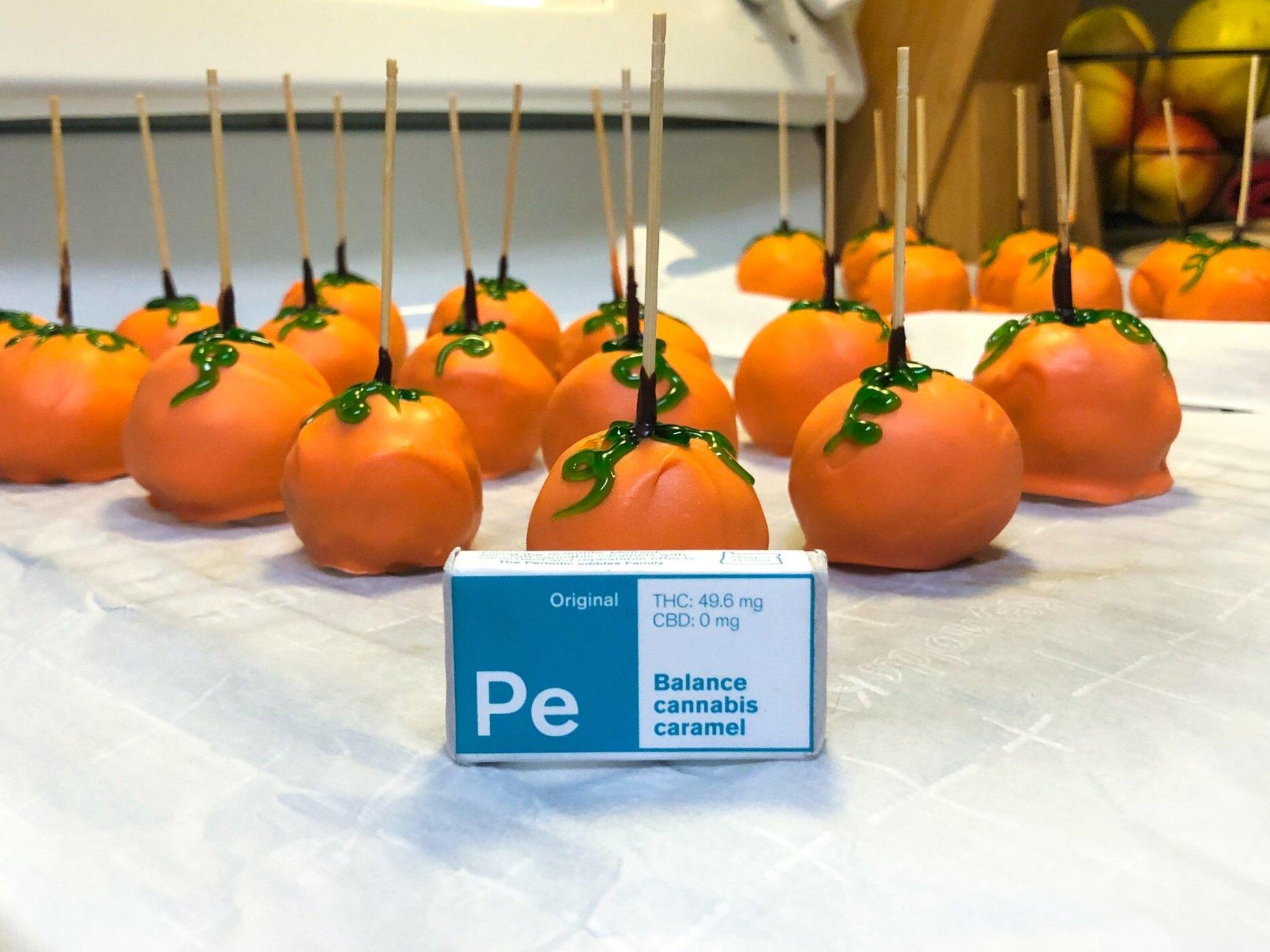 Final+Pumpkins+with+Caramel.jpg