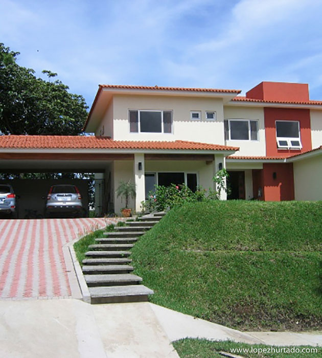 201 - Quintas de Santa Elena.jpg