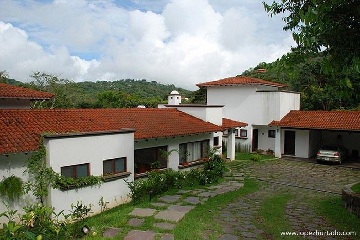 302 - Quintas de Santa Elena.jpg