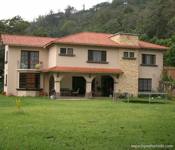101 - Urbanizacion Villa del Bosque.jpg