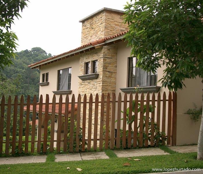 103 - Urbanizacion Villa del Bosque.jpg