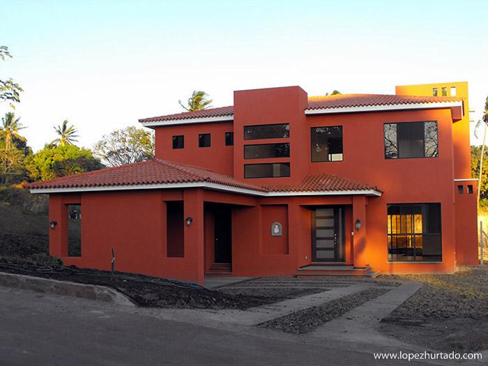 003 - La Hacienda.jpg