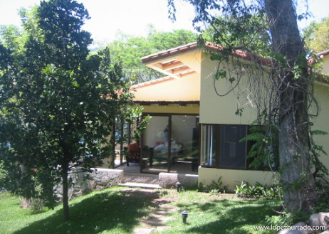 003 - Lago de Coatepeque.jpg