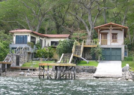 102 - Lago de Coatepeque.jpg