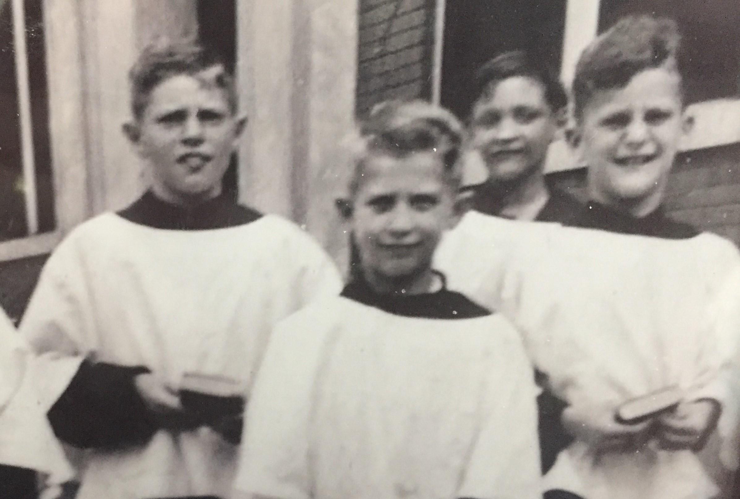 choir boy 1944 (2).jpg