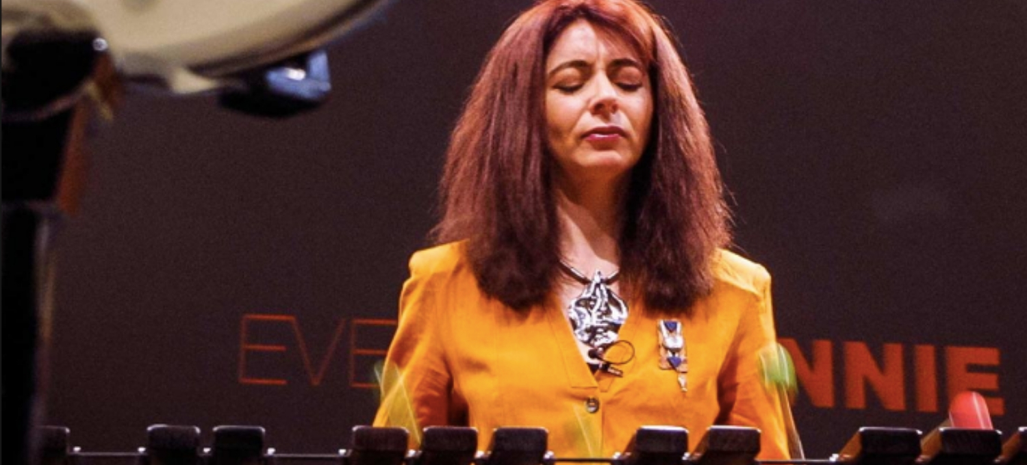 Evelyn Glennie 1500x680.jpg