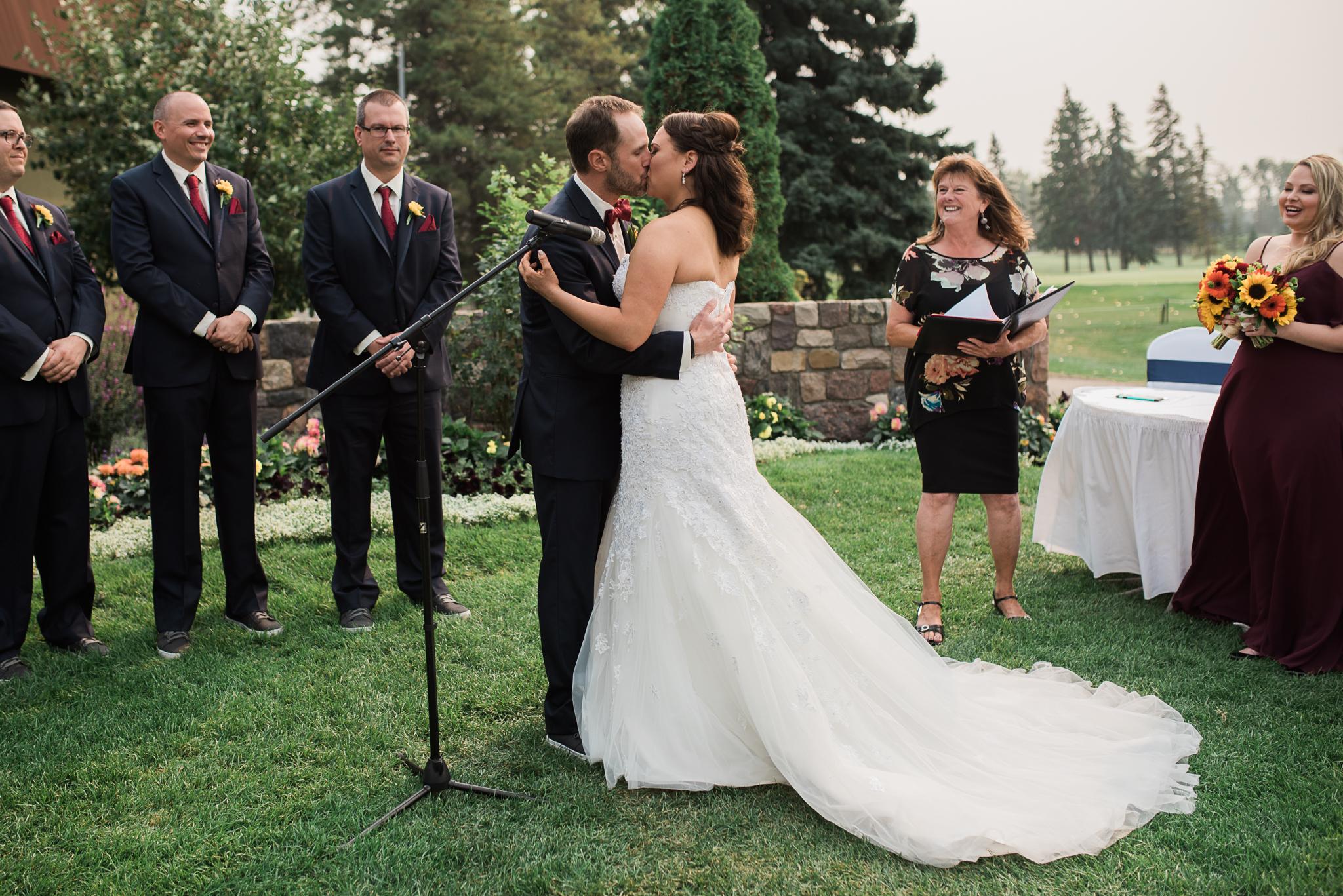 J M Wedding 1051-Edit.jpg