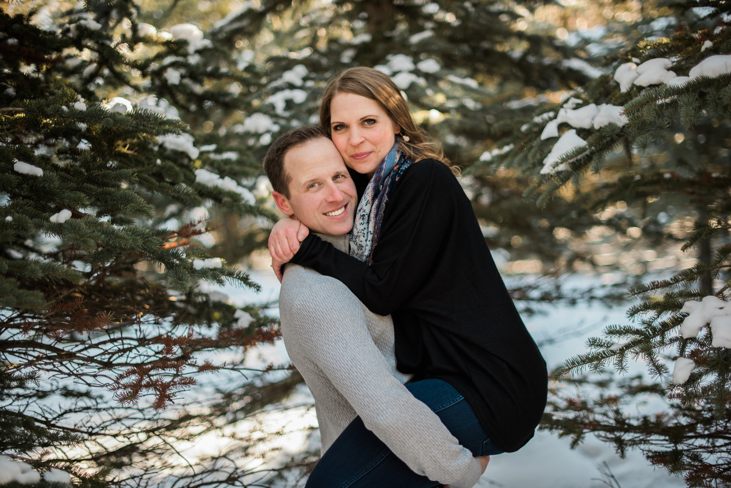 Winter couples Photography Session | Edmonton Alberta | Rockwood Photography