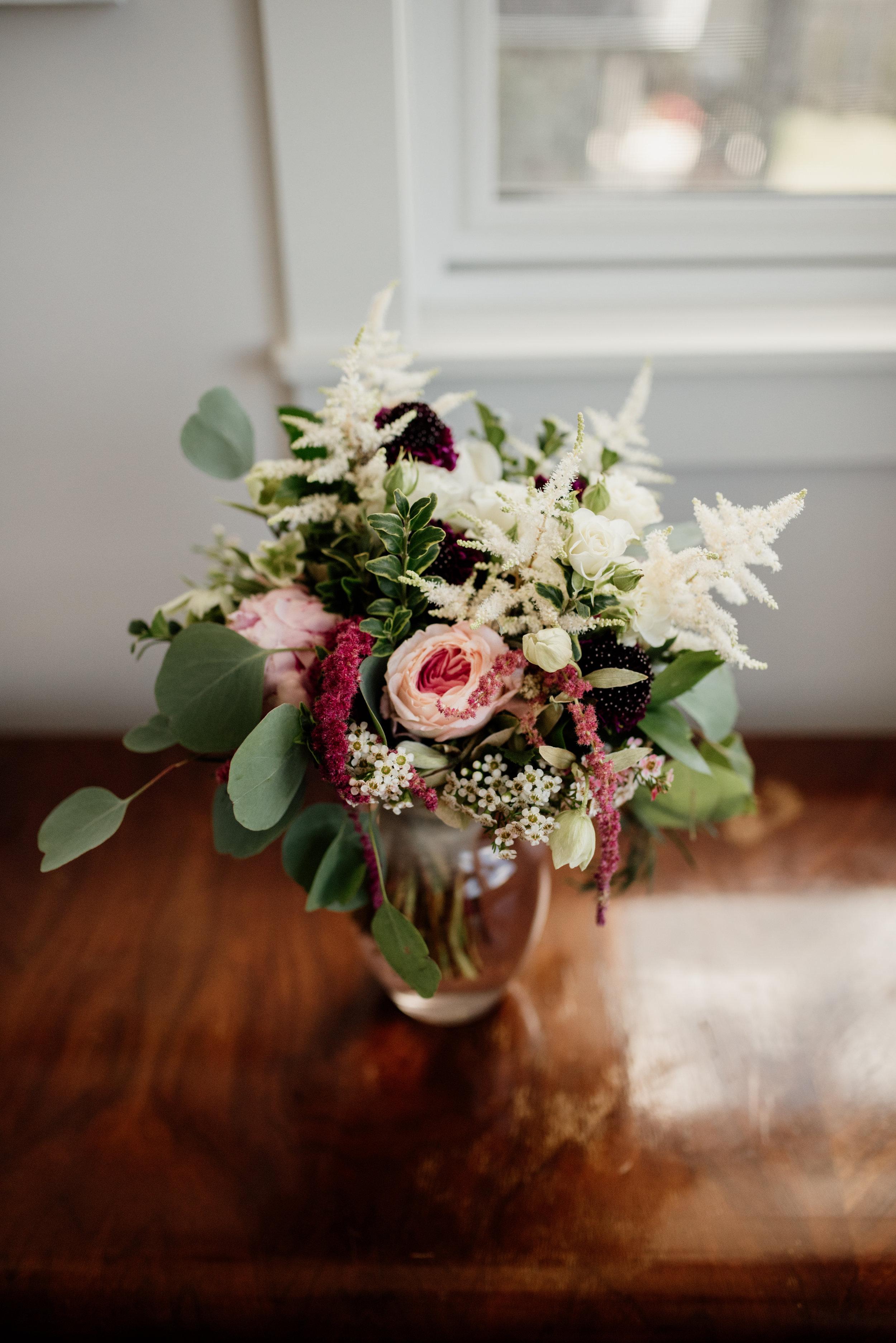 Edmonton Wedding Photographer | Rockwood Photography | Wedding Florals