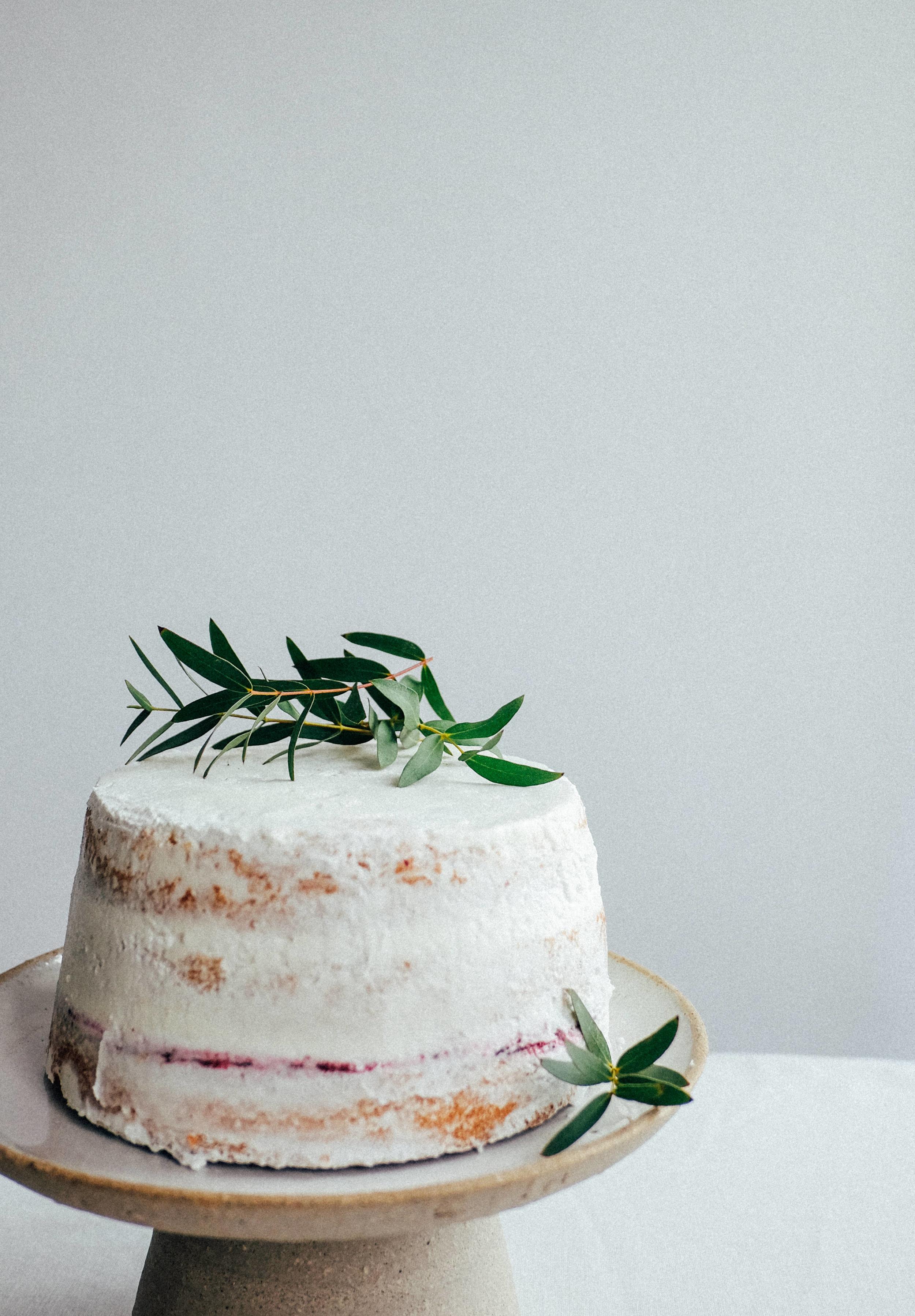 cake standard from Alex Gabriels