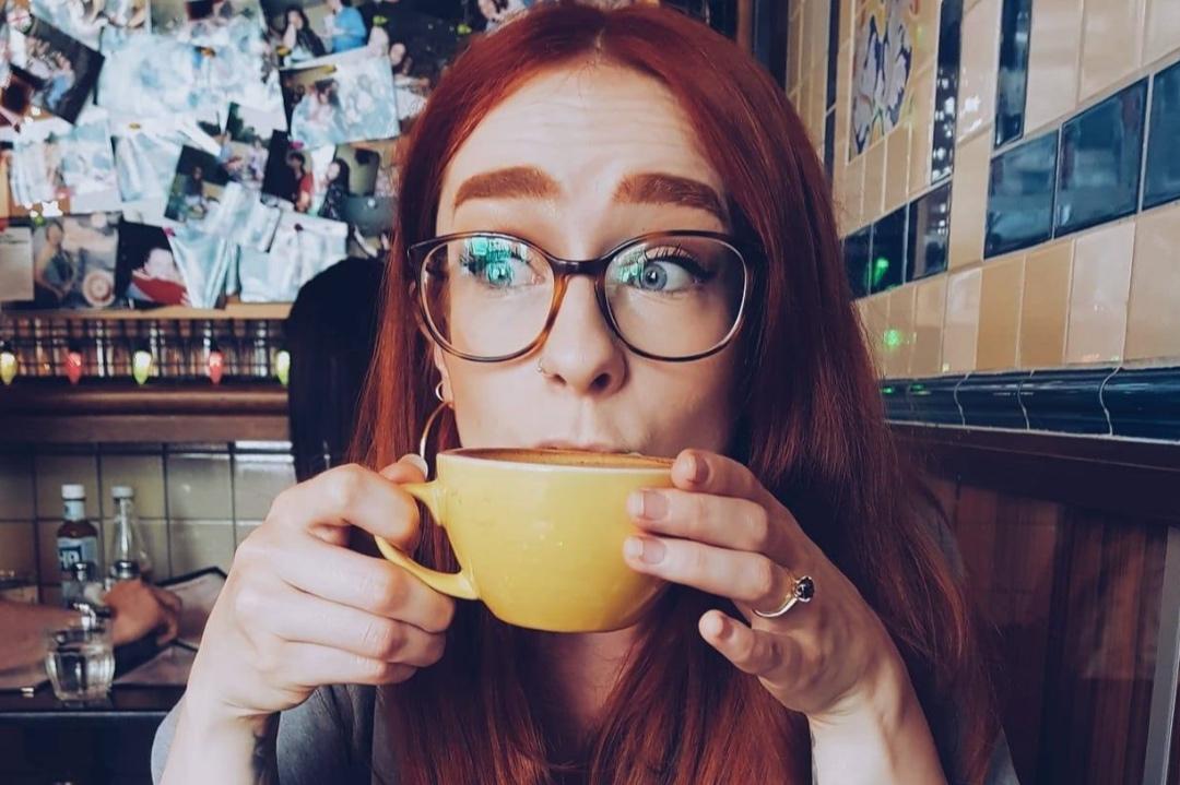 Girl Ginger - Charlie Bidois