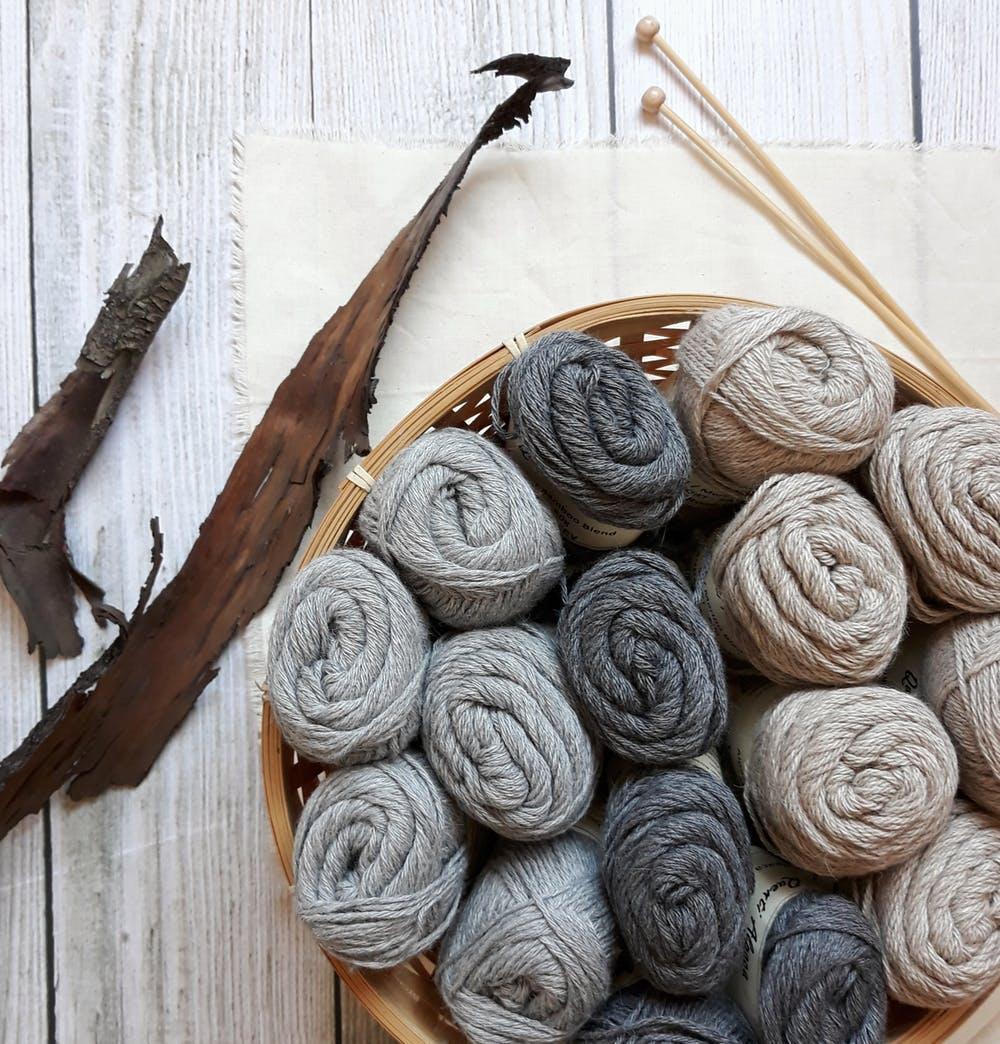 grey-yarn-knitting-for-beginners.jpeg