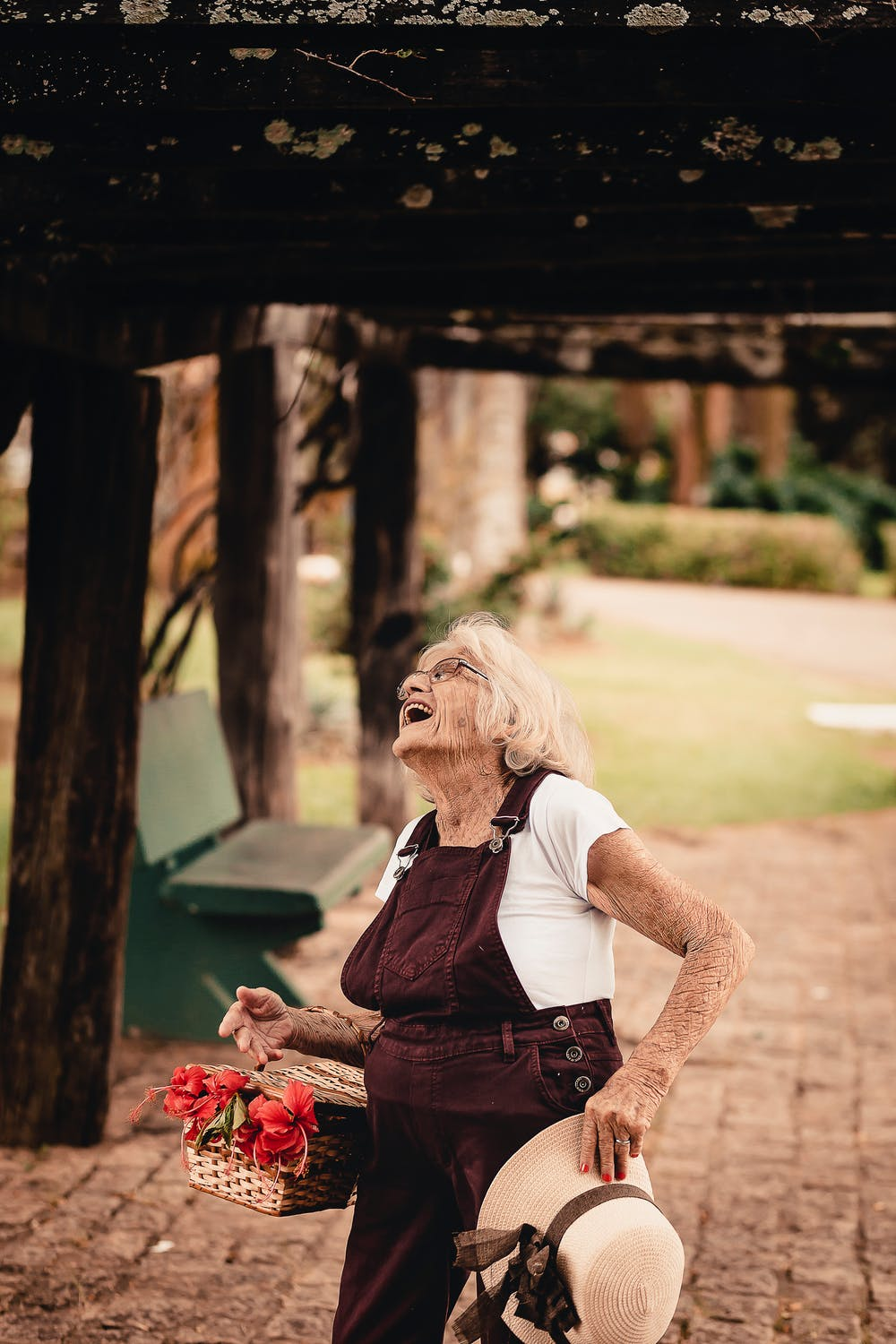 happiness-how-to-be-happy-support-local-magazine-old-woman-smiling.jpeg