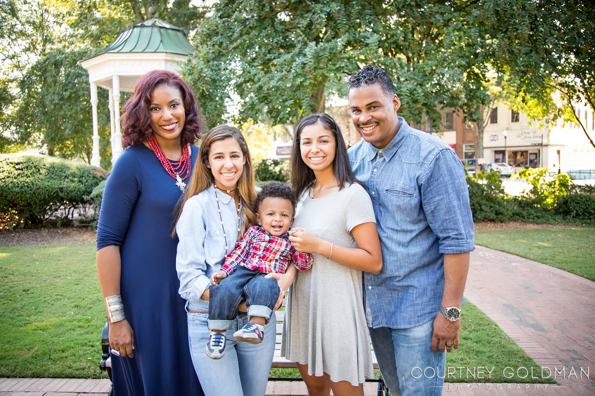 005-Atlanta-Family-Portrait-Photography-by-Coutney-Goldman.jpg