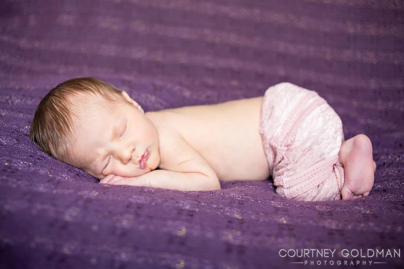 Atlanta Maternity and Newborn Photography by Courtney Goldman 13.jpg