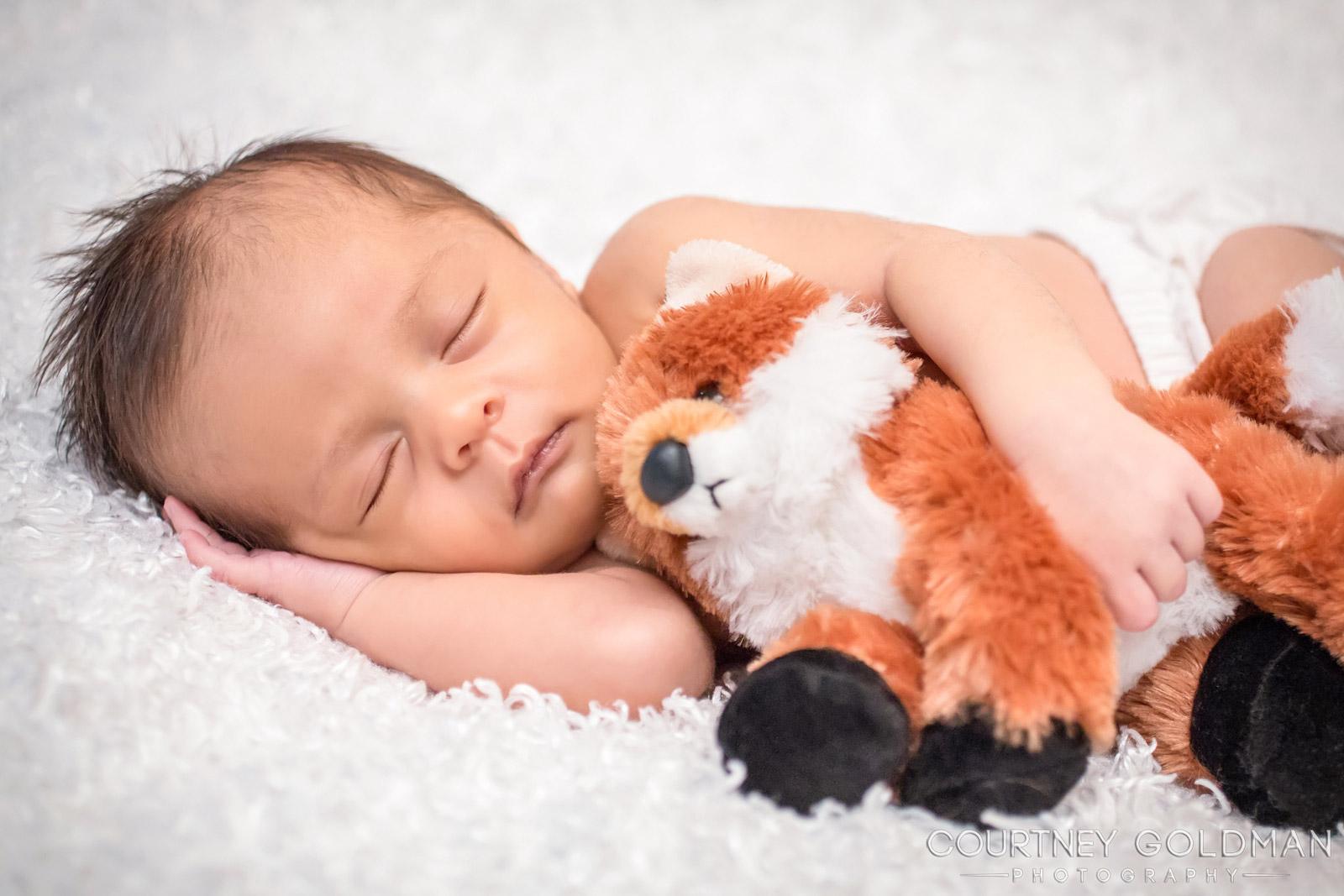 Atlanta Maternity and Newborn Photography by Courtney Goldman 24.jpg