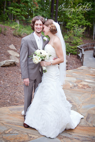 The Lake Club at Reynolds Plantation Wedding Oconee Courtney Goldman Photography (16)