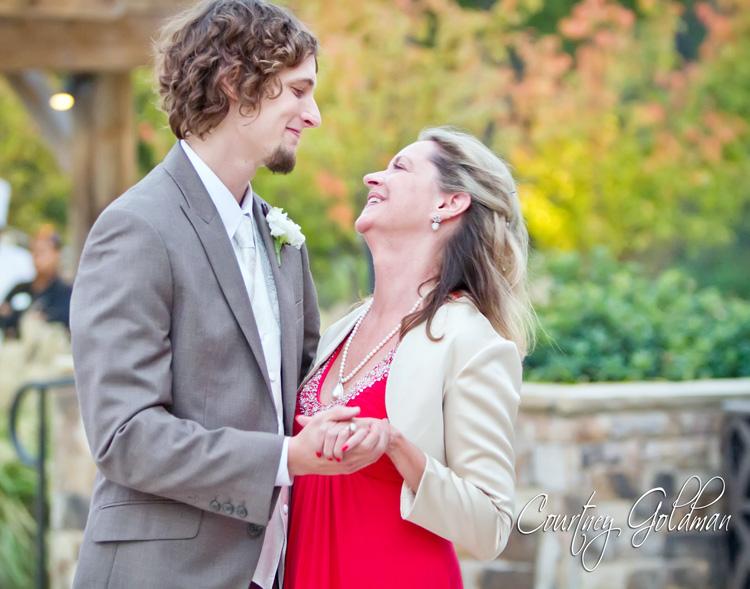 The Lake Club at Reynolds Plantation Wedding Oconee Courtney Goldman Photography (20)