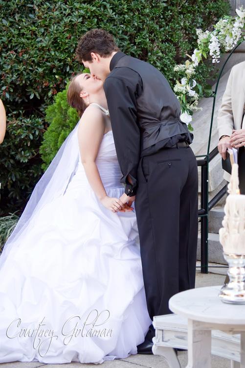 Decatur Courthouse Agnes Scott Wedding Courtney Goldman Photography (13)