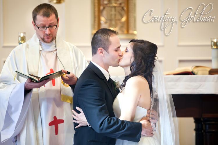 Atlanta Lawrenceville Catholic Polish Wedding Courtney Goldman Photography Maggiano's Reception (9)