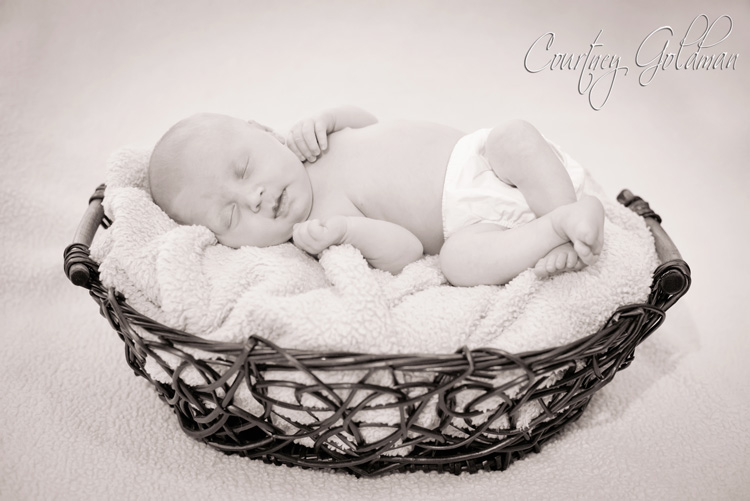Newborn Baby Portrait Athens Regional Medical Center Courtney Goldman Photography (8)
