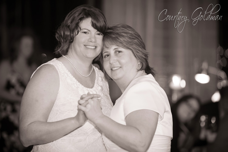 Same Sex Wedding The Atrium Atlanta Norcross Georgia Courtney Goldman Photography (10)
