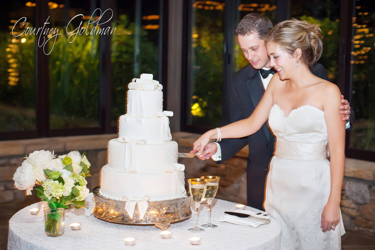 Old Edwards Inn Highlands North Carolina Wedding Courtney Goldman Photography (5)