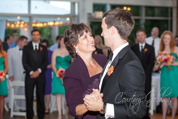 Athens Georgia Botanical Garden Conservatory Wedding by Courtney Goldman Photography (4)