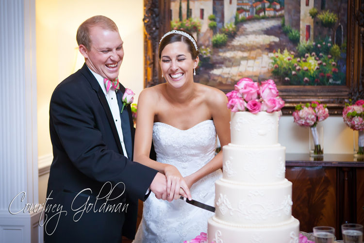 Wedding Reception at Thompson House and Gardens in Bogart Georgia by Courtney Goldman Photography (16)